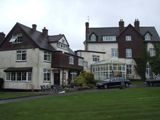 Manor House hotel, Newlands Corner